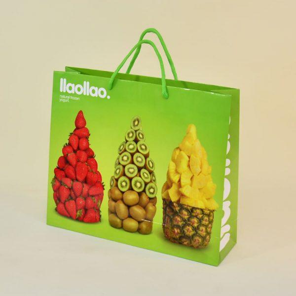 String/ribbon handle paper bagsPaper bag with string/ribbon