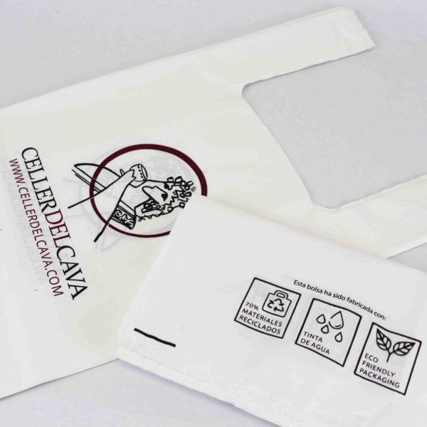 Recycled plastic T-shirt handle bag