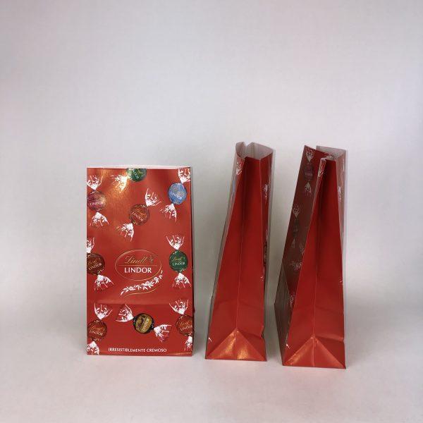 Sobres de papel con base cuadrada, con fuelles laterales y base para uso alimentario y productos a granel entre otros usos.